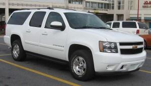 1200px-07-08_Chevrolet_Suburban_LT